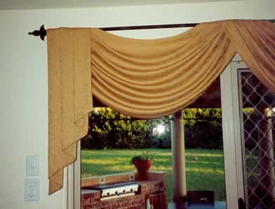 Curtain Addiction Perth Mobile Swags Showroom Displaying
